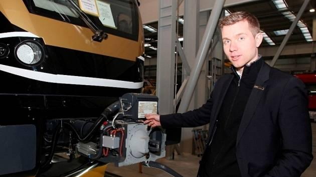 Podnikatel Leoš Novotný s jeho vlakovými soupravami.