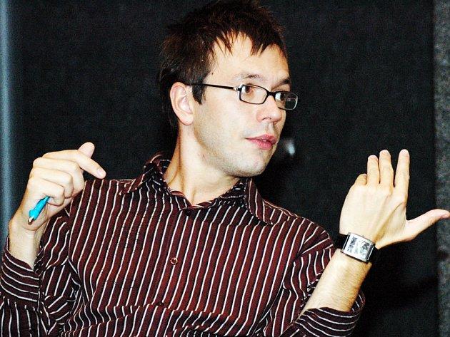 Herec a mluvčí Slováckého divadla Josef Kubáník.
