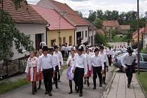 Hodové veselí v Ostrožské Lhotě vypuklo už v sobotu.