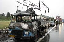 Požár automobilu AVIA v Babicích
