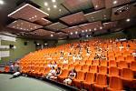 Festival Letní filmová škola Uherské Hradiště 2019 Diváci čekají na projekci filmu UličníciFRANÇOIS TRUFFAUT / FRANCIE 1957 /v kině Hvězda