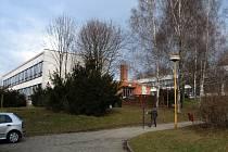 Škola v Traplicích, která byla otevřena v roce 1978, by se měla letos dočkat nového hávu.