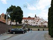 Do ořechovského zámku zamířily v sobotu odpoledne stovky lidí.