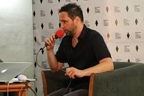 O filmové hudbě včera návštěvníkům přednášel majitel čtyř Českých lvů Jan P. Muchow