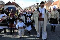 Slavnostní průvod při Festivalu masopustních tradic Fašank 2020 ve Strání.