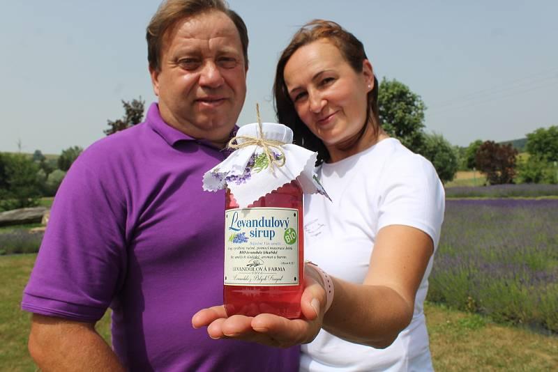 Levandulová farma rodiny Přikrylovy. S levandulovým sirupem.