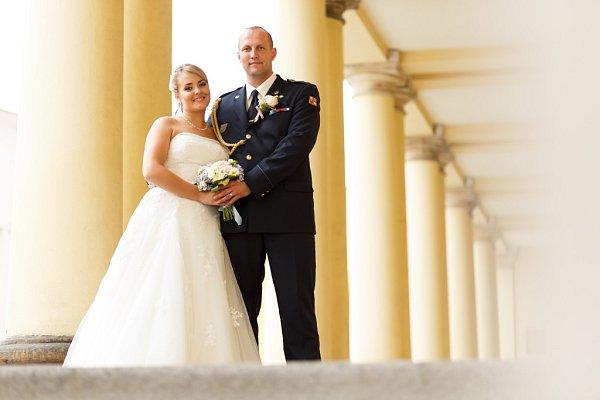 Soutěžní svatební pár číslo 105 - Petra a Pavel Thinovi, Charváty.
