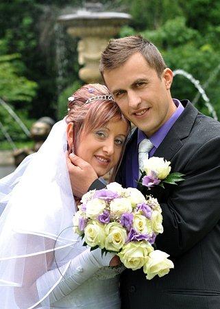 Soutěžní svatební pár číslo 112 - Jitka a Vlastimil Dvořákovi, Zdounky.