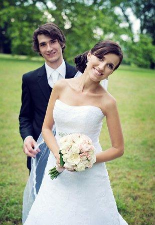 Soutěžní svatební pár číslo 213 - Marta a Martin Bankovi, Chromeč.