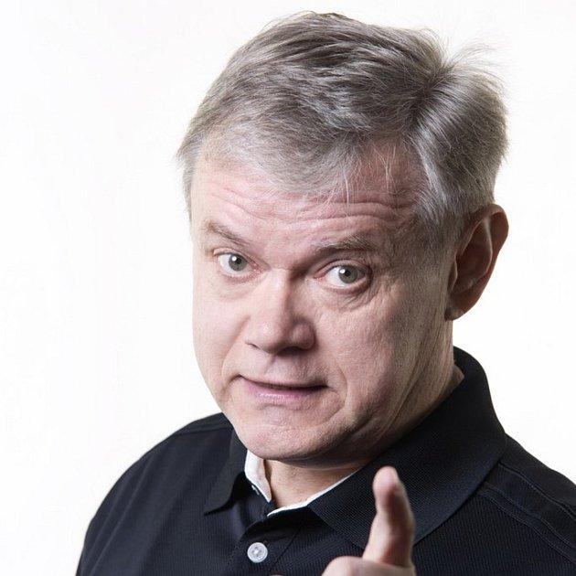 Herec Martin Vrtáček.
