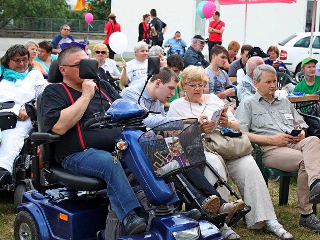Na Velehradě si dalo dostaveníčko přes 120 vozíčkářů ze čtyř zemí.