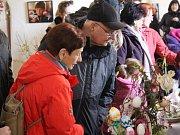 Velikonoční jarmark na Velehradě přilákal lidové tvůrce, děti i dospělé.
