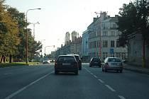 Křižovatka na ulicích Maršála Malinovského, Velehradské třídě a ulici Sokolovské v Uh. Hradišti