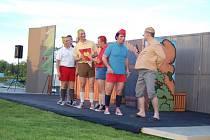 Hradišťští herci se představili v přístavišti ve Spytihněvi.