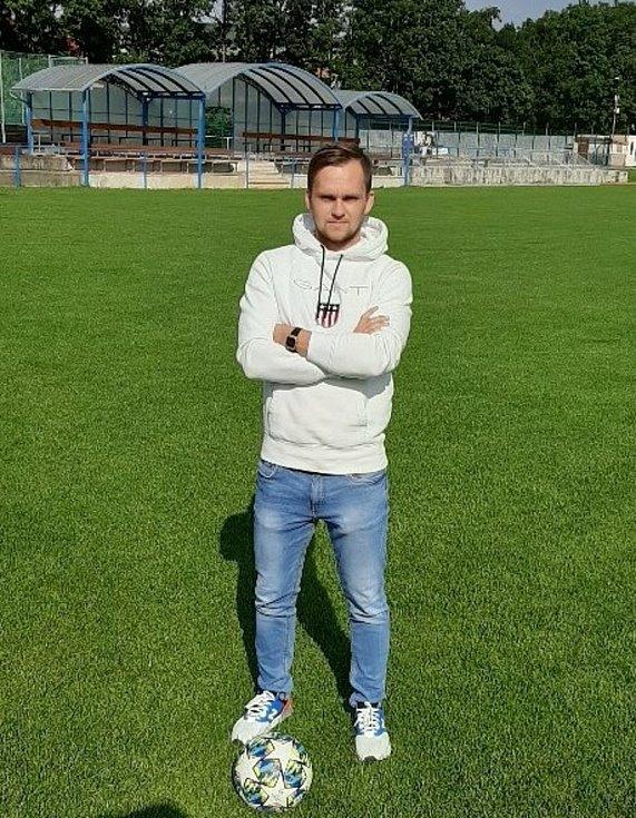 Fotbalista Jan Pilka v kariéře prošel Slováckem i Stráním, kvůli zdravotním komplikacím ale nyní válí pouze za rodné Šumice.