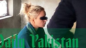 Tereza H. u soudu v pákistánském městě Láhaur.