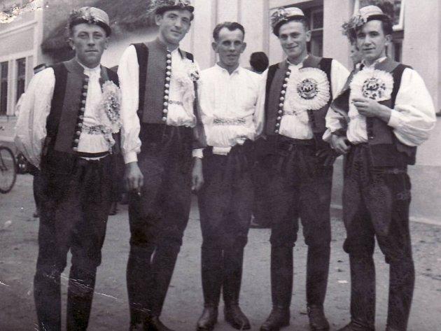 Nivničtí legrúti, ročník 1914.