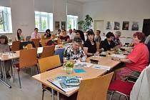 Etnografickou konferenci s názvem My a oni. Domácí a cizí v lidové tradici hostilo ve dnech 4. a 5. června Uherské Hradiště.