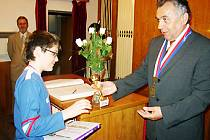 Radnice patřila ve slavnostní den i dvanáctiletému šachistovi Luďku Volčíkovi