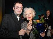 Herec a mluvčí Slováckého divadla spolu s Květou Fialovou po sobotním vyhlášení Ceny Thálie.