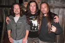 Krabathor se v březnu představí na klubu Mír v aktuální sestavě zleva: Christopher, Bruno, Pegas.