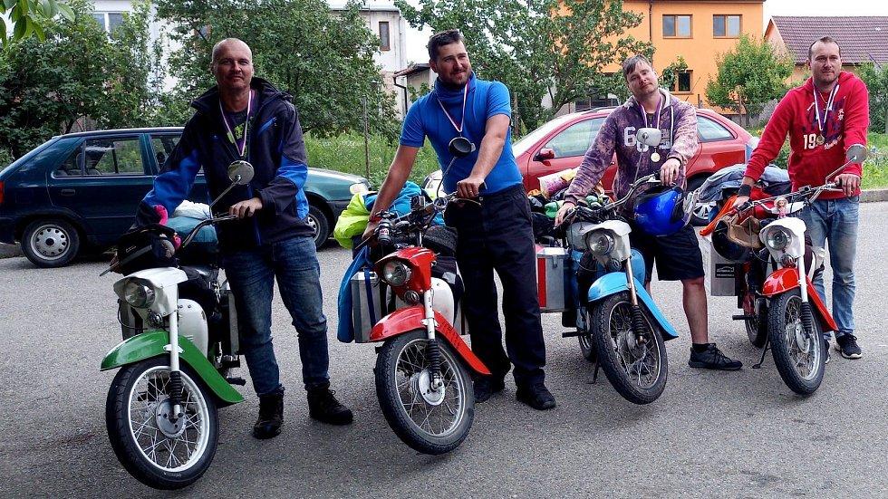 Motorkáři ze Slovácka pořídili na cestě do Barcelony celou řadu snímků.