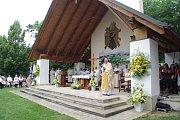 Oltář nedaleko kaple zasvěcené před 350 lety sv. Antonínu Paduánskému.