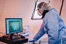Nejmodernější termokamerový systém nyní nově sleduje tělesnou teplotu pacientů přicházejících k ošetření do Uherskohradišťské nemocnice.