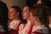 V muzeu Jana Ámose Komenského zazpíval mužský sbor Súsedé a ženský sbor Čerešňa na benefičním koncertu Ježíš se narodil.