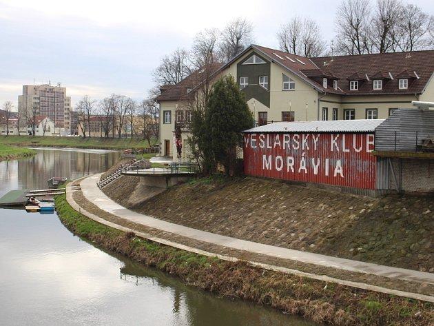 Spor o veslařský klub Moravia Uherské Hradiště