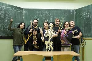 Slovácké divadlo vymyslelo další akci. Herec do každé hodiny bude pomáhat učitelům