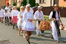 Díky jalubskému folklornímu souboru Střešňa, místní organizaci KDU – ČSL a obci jsou ve vesnici udržovány tradiční dožínky už tři desetiletí.