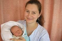 Kateřina Čunková a syn Tomáš Čunek, 48cm, 3050g, nar.19. 9. 2010