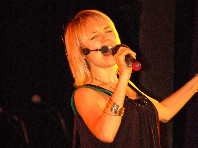 Lucie Vondráčková zpívala v Hradišti.
