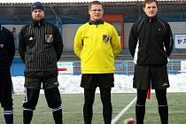 První zápasy Janáček Cupu řídili Filip Schnürmacher, Petr Šťastný a Radim Doležal (zleva).