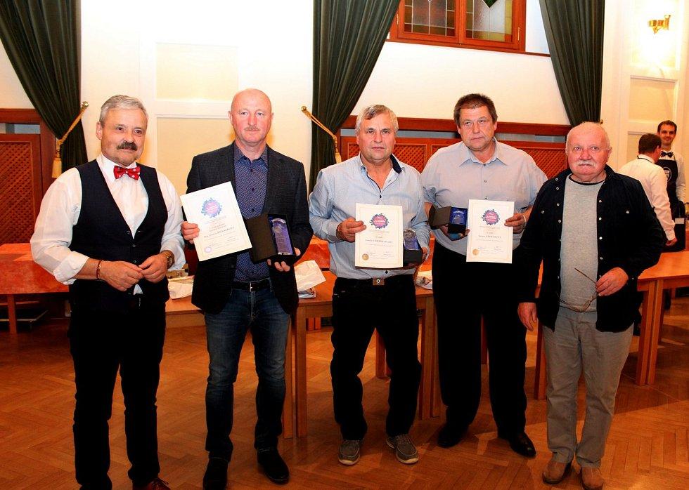 Slovácký košt slivovice je jakýmsi neoficiálním mistrovstvím světa o nejlepší slivovici.