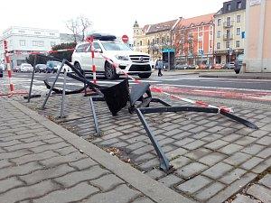 Zbourané stojany v Hradební ulici