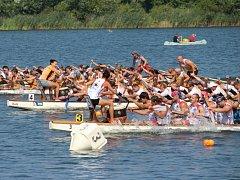 Na kunovské tabuli se v sobotu a v neděli uskutečnilo V. mistrovství Moravy dračích lodí.