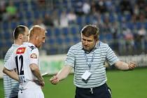 Přestože takřka celou sezonu pravidelně hrával Pavel Němčický v základní sestavě, v posledních kolech ho trenér Miroslav Soukup nasazoval až v průběhu zápasu.