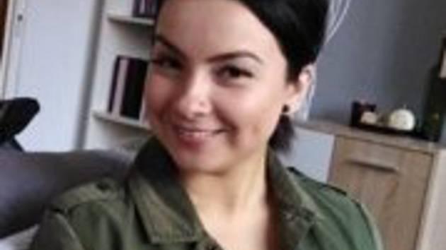 Policisté žádají o pomoc při pátrání po pohřešované pětadvacetileté ženě, která vneděli 20. ledna odešla zdomova ve Zlámanci.