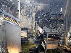 Požár v rodinném domě v Nivnici zasáhl dílnu v suterénu, dál se nestihl rozšířit