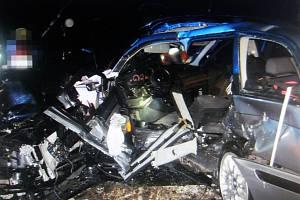 Srážka dvou aut u Strání si vyžádala čtyři zraněné