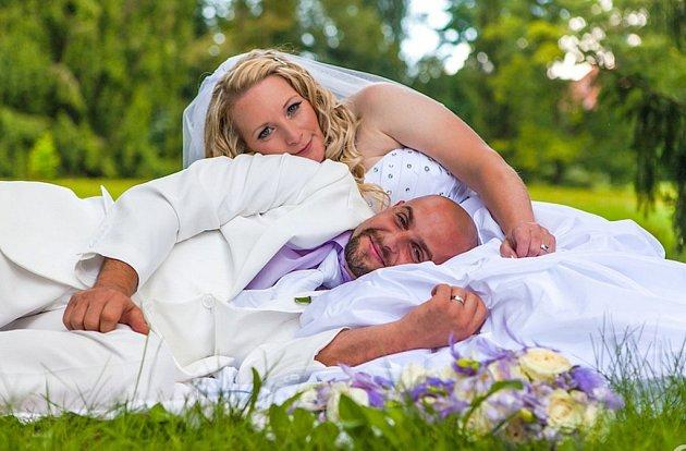 Soutěžní svatební pár číslo 187 - Alžběta a Martin Gazdíkovi, Uherský Brod – Újezdec.