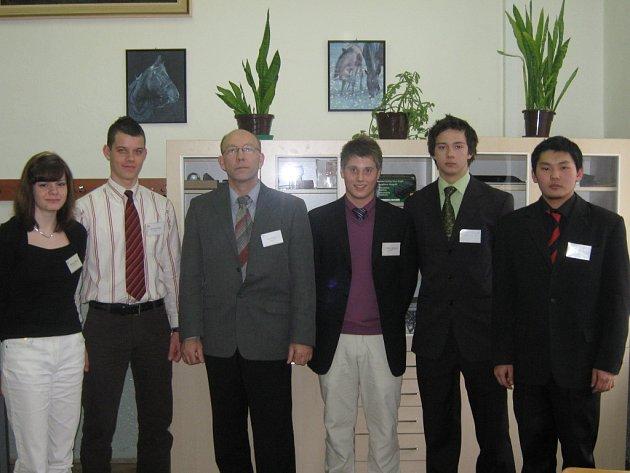 Studenti reprezentovali školu.