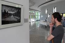 Výstavy Baletky ve skleníku a Na cestě/On the road oživily od pátku 20. června prostory kina Hvězda v Uherském Hradišti.