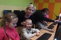 Nahlédnout pod pokličku výuky umožnili rodičům učitelé na uherskohradišťské Základní škole Sportovní.