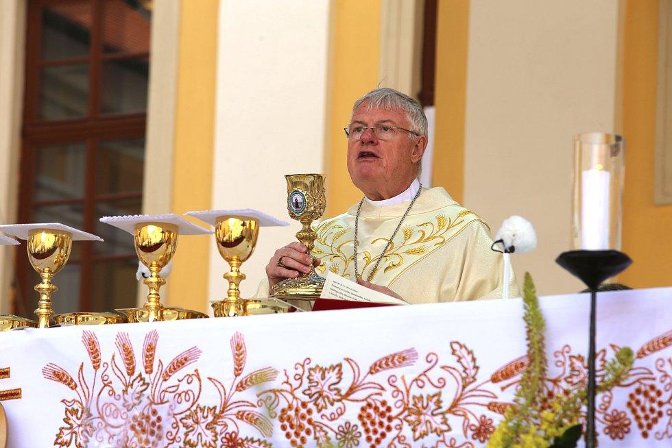 NÁRODNÍ POUŤ VELEHRAD 2019  Slavnostní poutní MšeHlavní celebrant a kazatel: Mons. Charles D. Balvo, apoštolský nuncius v ČR