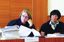Místo tří soudců řešili loni v Prostějově desítky nových  a stovky  starých případů jen dva. Ilustrační foto.