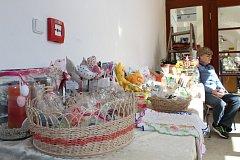 Jarní bazar pomohl hendikepovaným.