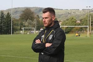 Trenér fotbalistů Strání Antonín Popelka nebyl po utkání ve Slavičíně rozhodně spokojený.